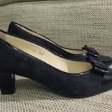 Vand pantofi Guban nr 39 sau 26 - Pantofi dama, Culoare: Bleumarin, Piele intoarsa