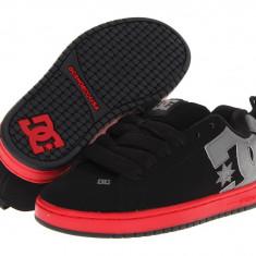 Adidasi barbati Dc Shoes - Pantofi sport barbati 293 DC Court Graffik   100% originali   Livrare cca 10 zile lucratoare   Aducem pe comanda orice produs din SUA