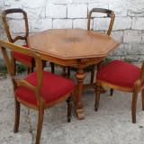 Masa octogonala cu 4 scaune. Biedermeier.