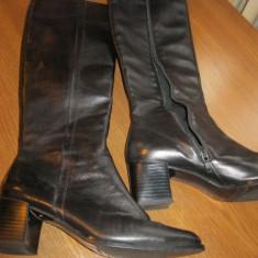 Cizme de piele neagra, cu fermoar masura 38, toc patrat, marca Peter Kaiser - Cizme dama, Culoare: Negru