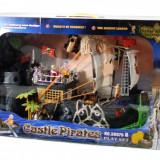 Corabia piratilor cu echipaj si castel - Jucarie de dimensiuni mari!