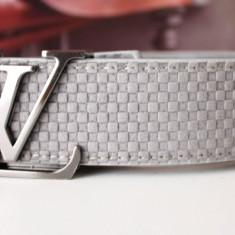 LOUIS VUITTON Curea Piele Naturala Model 2015 Accesoriu Lux Fashion Made in France Livrare Gratuita - Curea Barbati Louis Vuitton, Marime: Marime universala, Culoare: Din imagine, curea si catarama