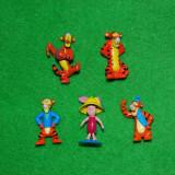 Surpriza Kinder - Lot 5 figurine jucarie desen animat Winnie de Pooh, 4 buc Tigger (tigru) si 1 buc. Piglet (purcel), din surprise ou Kinder, plastic, colectie