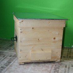 Apicultura - Lazi stupi de albine noi