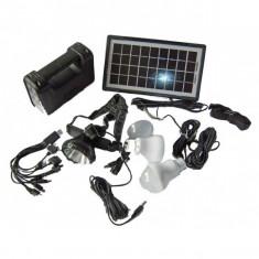 Panouri solare - Kit solar fotovoltaic 3 becuri, lanterna frontala incarcare telefon GDLITE 8007