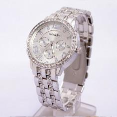 Ceas dama Geneva argintiu bratara metalica cristale superb cutie cadou, Quartz, Metal necunoscut, Nou
