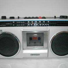 Aparat radio - Radiocasetofon SANYO M9802F