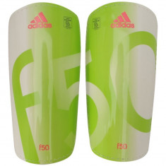 Aparatori Fotbal Adidas, Barbati - Aparatori tibie fotbal Adidas F50 Pro Lite ORIGINALE masura L fara arici