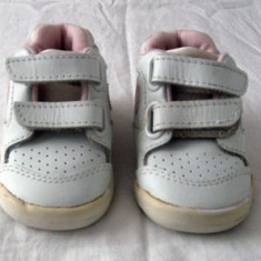 Adidasi copii Nike originali din piele marimea 17/18 - Super Pret, Unisex, Piele naturala