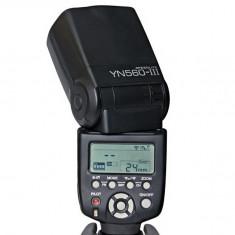 Blitz flash Yongnuo YN-560 III Flash Speedlite pentru Nikon, Canon. - Blitz dedicat, Aparat foto digital