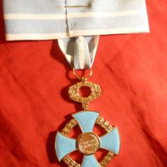 Comandorie noua- Serviciul Credincios - f.rara ( lipsa inel panglica), d= 5 cm - Ordin