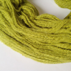 Ata - Fir de tricotat sau crosetat, lana 50% moale, verde brotacel