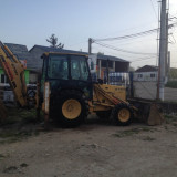 Buldoexcavator Ford New Holland