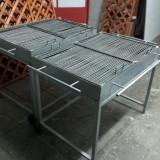 Gratar metalic