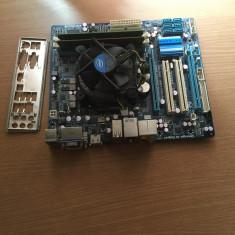 Placa de baza Gigabyte GA-H55M-D2H+Core i3 530 2.93+4gb ram, Pentru INTEL, Socket: 1156, DDR 3, Contine procesor, MicroATX