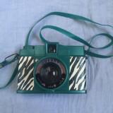 Aparat foto pe film - Lomo - Diane F Zebra