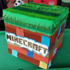 PINATA Party cub MINECRAFT - Pinata petreceri copii
