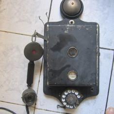 Telefon foarte vechi complet functionabil piesa rara in starea asta original