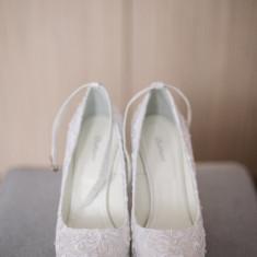 Vand pantofi mireasa - Pantofi dama, Marime: 38, Culoare: Alb