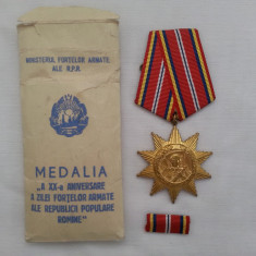 MEDALIA A XX A ANIVERSARE A FORTELOR ARMATE RSR PLIC ORIGINAL - Ordin