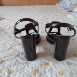 Sandale din piele ecologica lacuita - Sandale dama, Marime: 37, Culoare: Negru