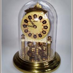 Ceas de mana - Ceas de masa cu miscare Quarz si fir de torsiune Hermle