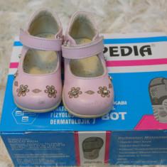 Pantofi copii Adidas, Unisex, Piele naturala - Incaltaminte copii piele ortopedia nr 18