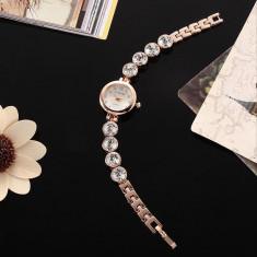 Ceas de Dama Geneva - Ceas dama ELEGANCE auriu gold curea lunga cristale + cutie cadou