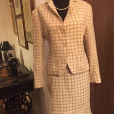 Costum dama Alia, mas. 42, Costum cu fusta