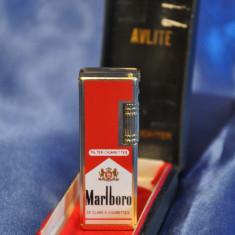 Bricheta Vintage MARLBORO - Avlite. Gas Lighter. Bricheta veche pe gaz.Colectie - Bricheta Zippo Marlboro, Tip: De buzunar