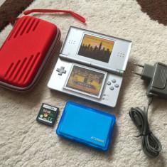 Nintendo DS Lite +HUSA NOUA+stilou+2 jocuri + incarcator original Stare Buna