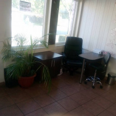 Masa manichiura - Vand post Manichiura -mobilier, aparatura si produse