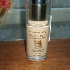 Fond de ten Max Factor Face Finity All Day Flawless, nuanta 45 Warm Almond, NOU, Lichid