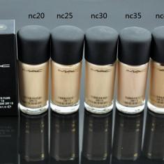 Fond de ten Mac Cosmetics MAC Studio Fix Fluid SPF 15 cantitate 30 ml