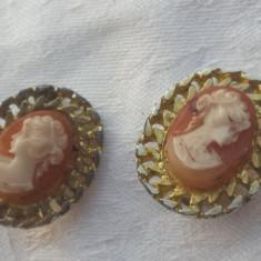 Cercei cu Camee executati manual Vintage Finuti Elenganti de Efect Superbi, Alama