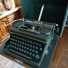 Masina de scris vintage