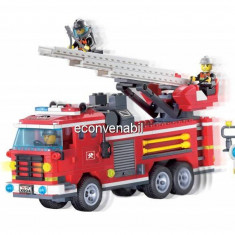 Joc tip lego, Masina de Pompieri cu Scara si 4 Pompieri 904 - Jocuri Seturi constructie