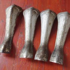 Lot 4 bucati - Vechi picioare din fonta pentru cuptor / soba sau alte lucruri ! - Metal/Fonta