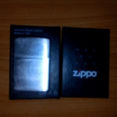 Bricheta zippo made in usa, Tip: De buzunar