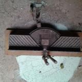 Dispozitiv pentru taiere oblica manuala lemn