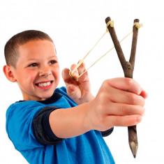 Creion Praștie