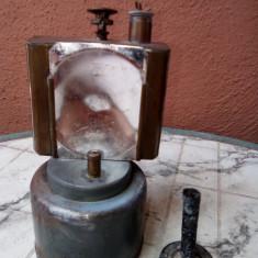 Lampada cu carbit antica