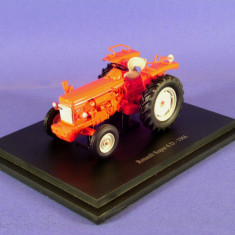 Macheta tractor RENAULT SUPER 6 D - 1966 scara 1:43 - Macheta auto