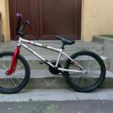 Bicicleta BMX B'twin