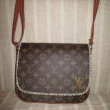 Geanta dama maro tip postas Louis Vuitton+CADOU