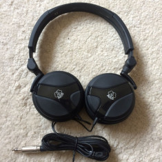 Casti AKG K518DJ originale, Casti On Ear, Cu fir, Jack 3, 5mm