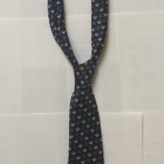 Cravata funky romaneasca