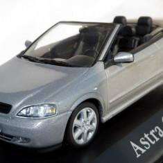 Minichamps Opel Astra Bertone cabriolet dealer edition 2002 1:43 - Macheta auto Alta