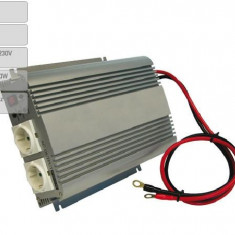 Invertor de tensiune auto Carpoint 12V-230V 1000W 50Hz cu protectii la supra-sarcina baterie descarcata supravoltaj scurt-circuit - Invertor Auto