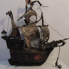 Macheta Navala - Corabie de colectie din lemn foarte veche.